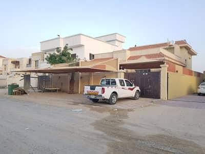 5 Bedroom Villa for Rent in Al Mowaihat, Ajman - SUPER & BEST VILLA 2 FLOOR 5 BEDROOMS HALL MAJLIS BEAUTIFUL > BEST> 3 RD VILLA FROM THE MAIN ROAD///