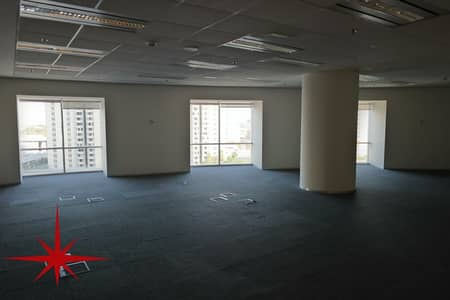 Office for Rent in Sheikh Zayed Road, Dubai - Amazing SZR View I Fully Fitted Office I Chiller Free
