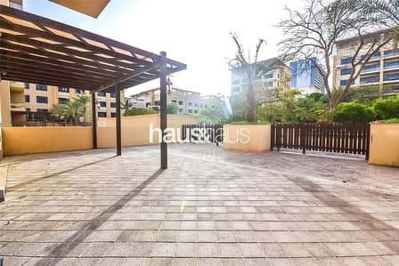 3 Bedroom Flat for Sale in The Greens, Dubai - 3 Bed + Study   Courtyard   Rare Unit   Vacant