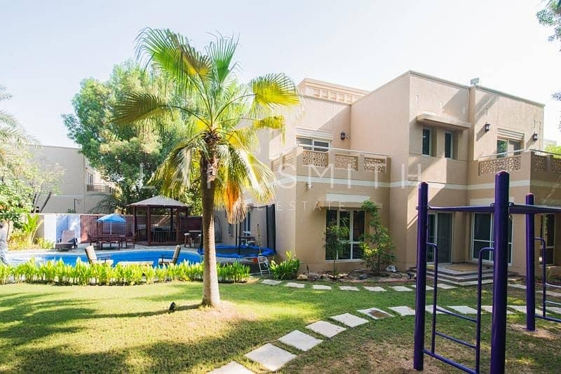 2 Fully Upgraded 5BR Villa Type 8 Meadows 2