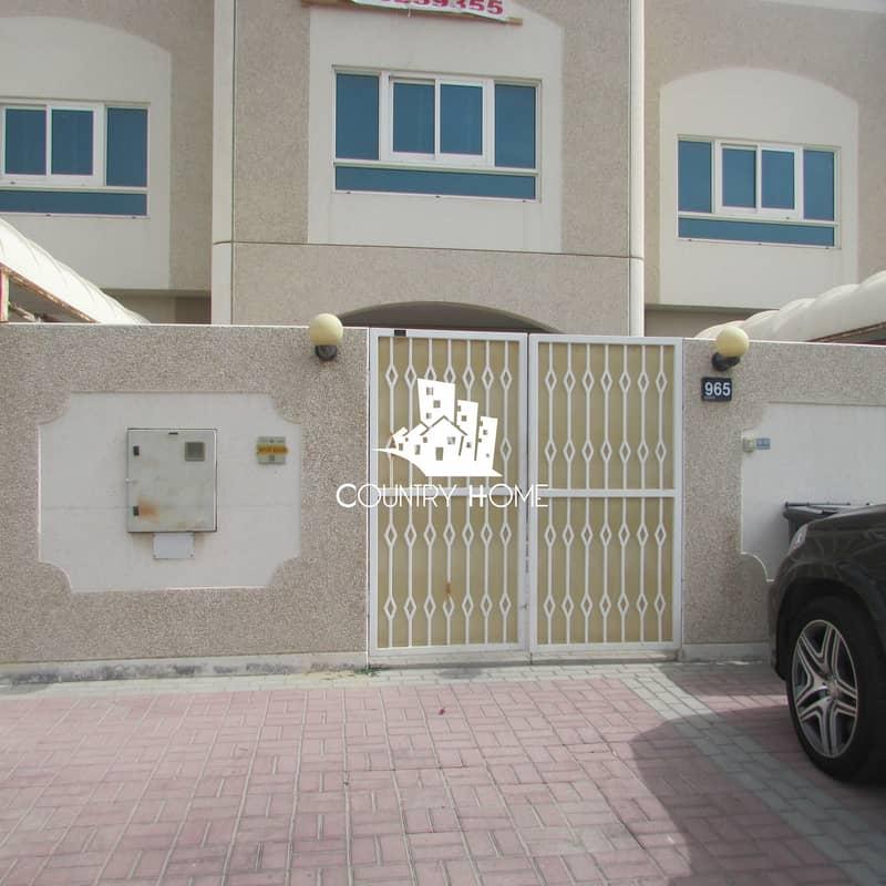 2 Hot Deal|A Huge Commercial Villa|2 Parking@270k