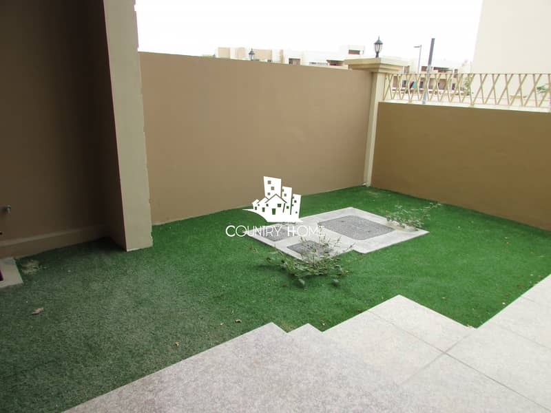 2 Deal of the Day|4BR+MR+2Parking+roof terrace@100k