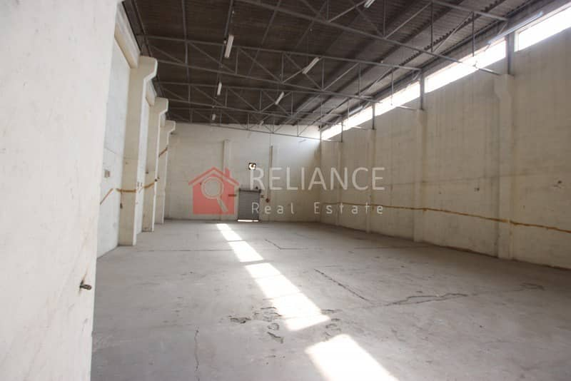 9 AED 32/SQ FT - TAX INCLUDED - COMMERCIAL WAREHOUSE IN RAS AL KHOR