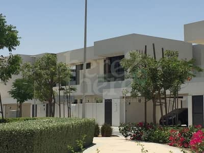 5 Bedroom Villa for Sale in Yas Island, Abu Dhabi - Breathtaking!! 5br T3C2 Type Villa in West Yas Call us Today.