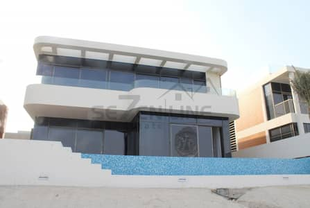 5 Bedroom Villa for Sale in Palm Jumeirah, Dubai - Beach Front 5 Bed French Style Villa with Private Pool