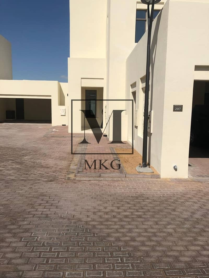 8 Great Offer! Elegant 3BDR | Mira Oasis 1