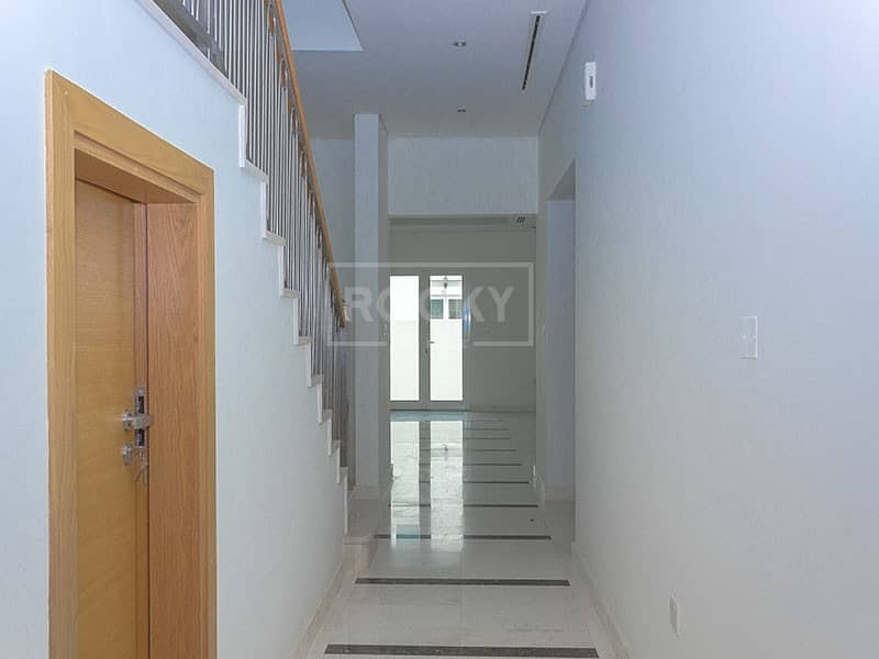 2 3 Bed plus Maids and Storage Room in Al Furjan