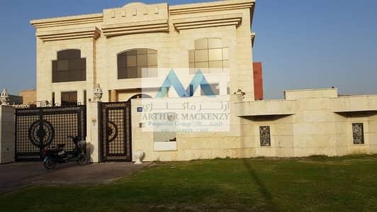 فیلا 6 غرفة نوم للايجار في الخوانیج، دبي - Lowest Priced Huge 6 BR Luxury Villa in Khawaneej 1