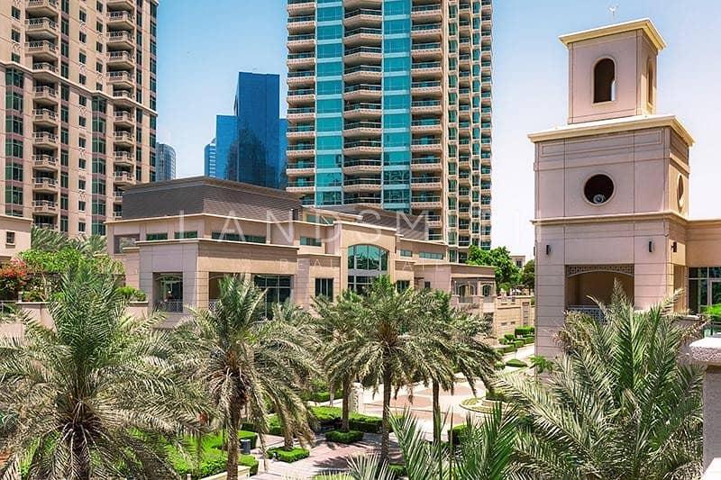15 Lake and Marina View 4BR Villa in Al Anbar