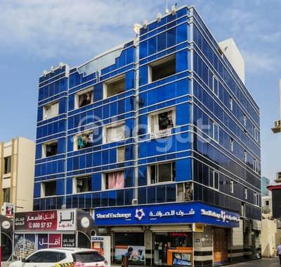 استوديو  للايجار في السطوة، دبي - شقة في السطوة 40000 درهم - 4055713