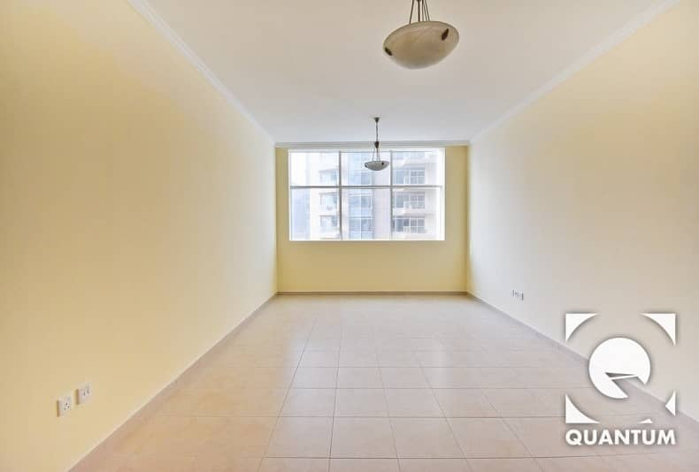 Vacant | Low Floor | 1 Bed | Immaculate.