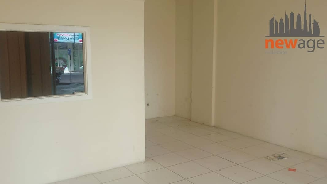 2 FITTED SHOP FOR RENT IN INTERNATIONAL CITY