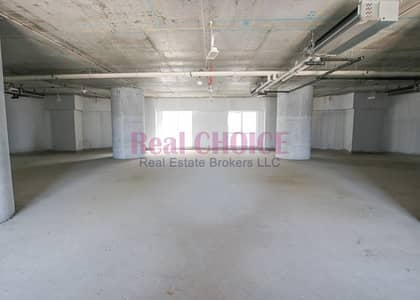 Spacious Layout in a Strategic Location Office