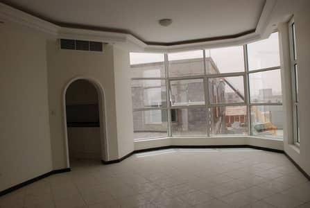 فیلا 5 غرفة نوم للايجار في العزرة، الشارقة - فیلا في العزرة 5 غرف 120000 درهم - 4058987