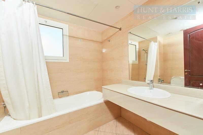 11 9th Floor - Royal Breeze Apartment - 2 Bedroom