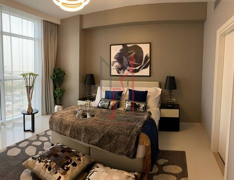 Furnished Studio Golf Facing 5 Years PPP