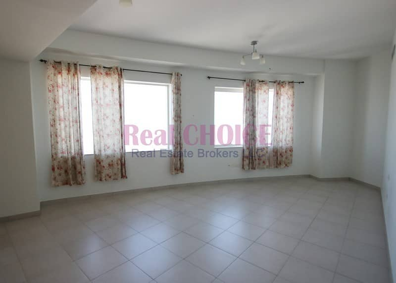 Payable in 4 Cheques|Near Metro Station|Huge 3BR