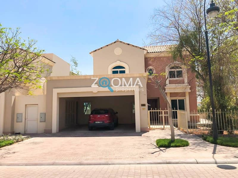 1 5 Bed Corner Villa with Golf Course View
