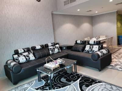 فلیٹ 3 غرف نوم للايجار في شارع الشيخ مكتوم بن راشد، عجمان - مفروشة فاخرة 3 غرفة قاعة شقة في برج قهر للإيجار سنويا