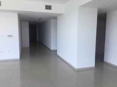 HOT DEAL! Big Layout; 2 Bedroom Apartment : Vacant