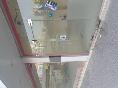محل تجاري  للايجار في النهدة، الشارقة - محل تجاري في النهدة 75000 درهم - 4064650