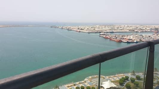 شقة 2 غرفة نوم للايجار في منطقة الكورنيش، أبوظبي - Spacious 2BR; Full Sea View Al Reef Tower : Vacant