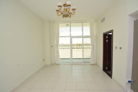 Cozy Studio Apartment with Balcony in Glitz 1