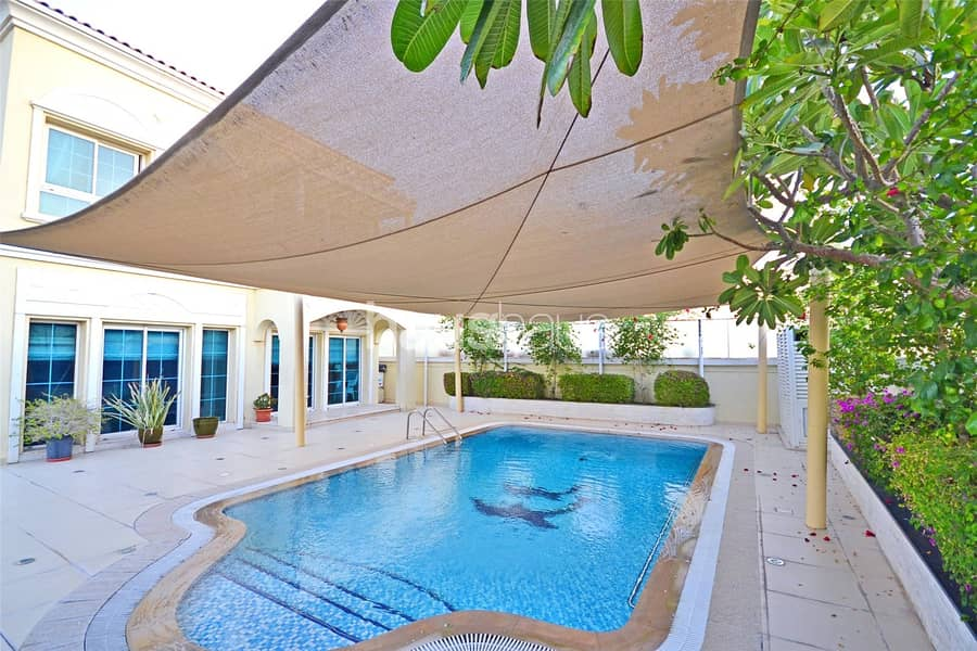 Extended with 3rd Bedroom | Private Pool