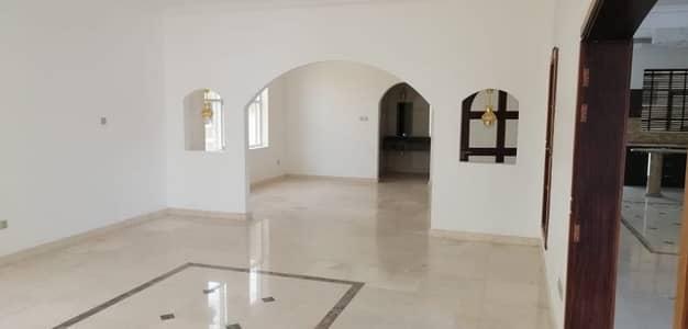 فیلا 6 غرفة نوم للايجار في الخوانیج، دبي - فيلا للايجار فى الخوانيج : 6 غرف ماستر مع ملحق و مسبح