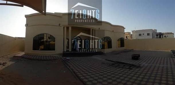 فیلا 4 غرف نوم للايجار في الخوانیج، دبي - Brand new: 4 b/r high quality indep ground floor villa