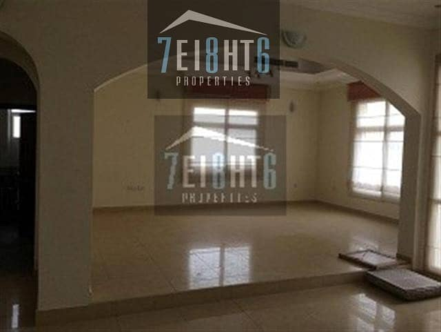 Private swimming pool: 4 b/r high quality private large villa