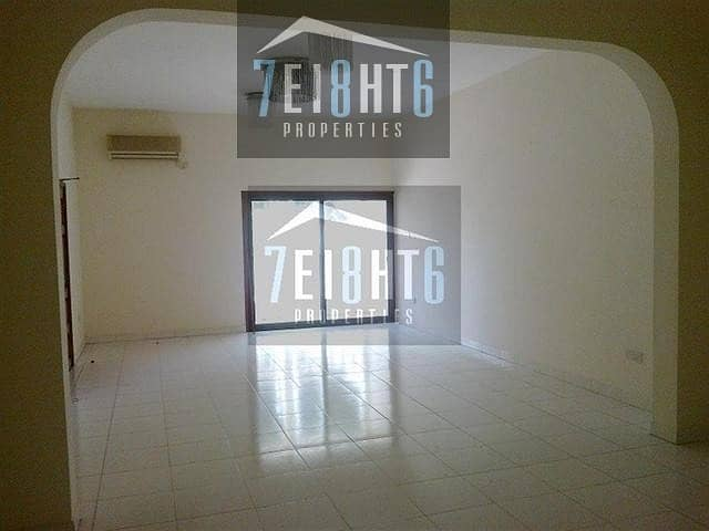 Spacious: 6-7 b/r indep well maintained villa with living rooms