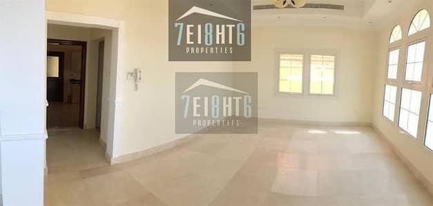 فیلا 5 غرفة نوم للايجار في البرشاء، دبي - 5 b/r good quality villa with excellent finishing