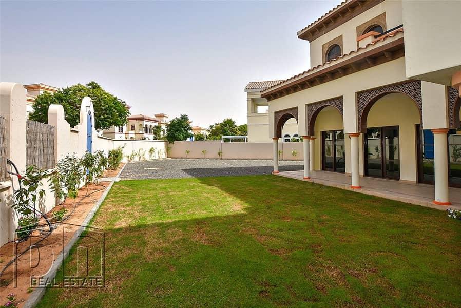 Vacant|Granada|Close to gate and Community Center