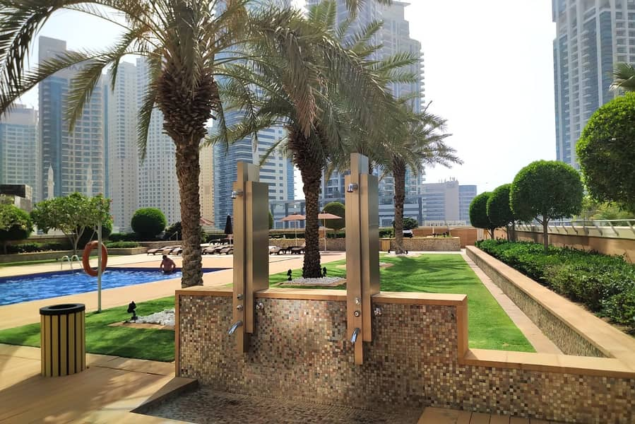 17  Dubai Marina