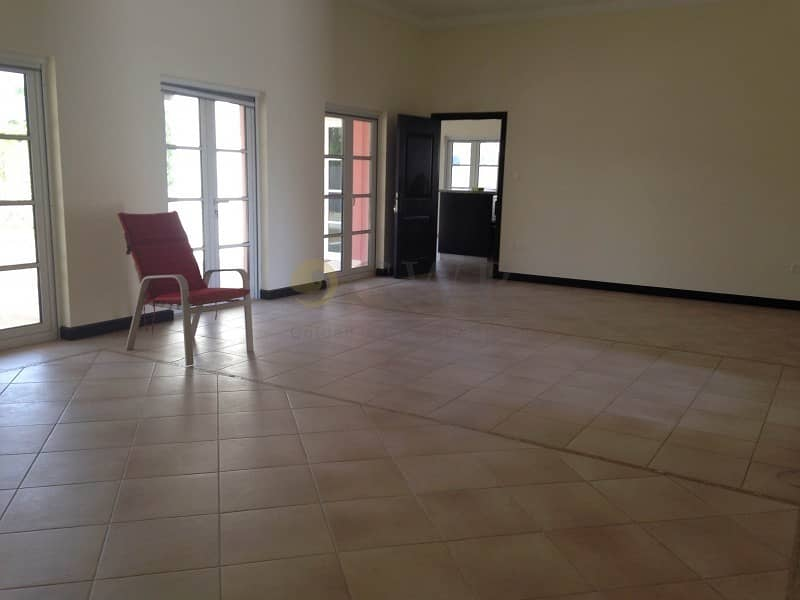 Well Maintained | 4 Plus Maid | Big Plot