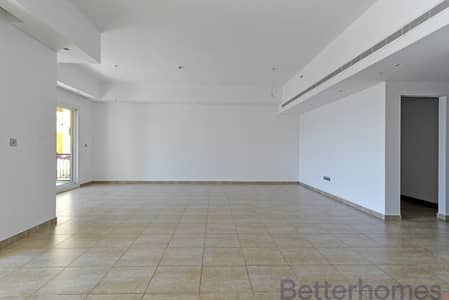 2 Bedroom Townhouse for Sale in Palm Jumeirah, Dubai - Townhouse | Partly upgraded | Best View