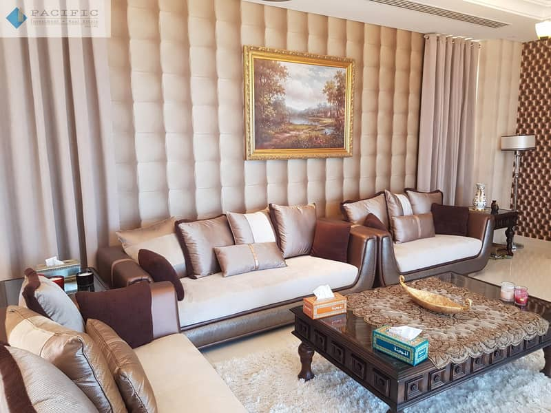 2 Full SeaView Stunning 5BR Mountain Villa