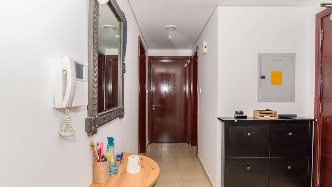 11 Spacious Apartment at Marina Tower with Panoramic Marina View