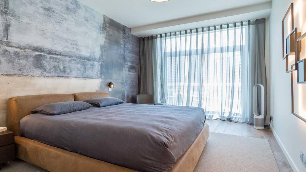 12 Fully Upgraded Three-Bedroom Villa In Park Island
