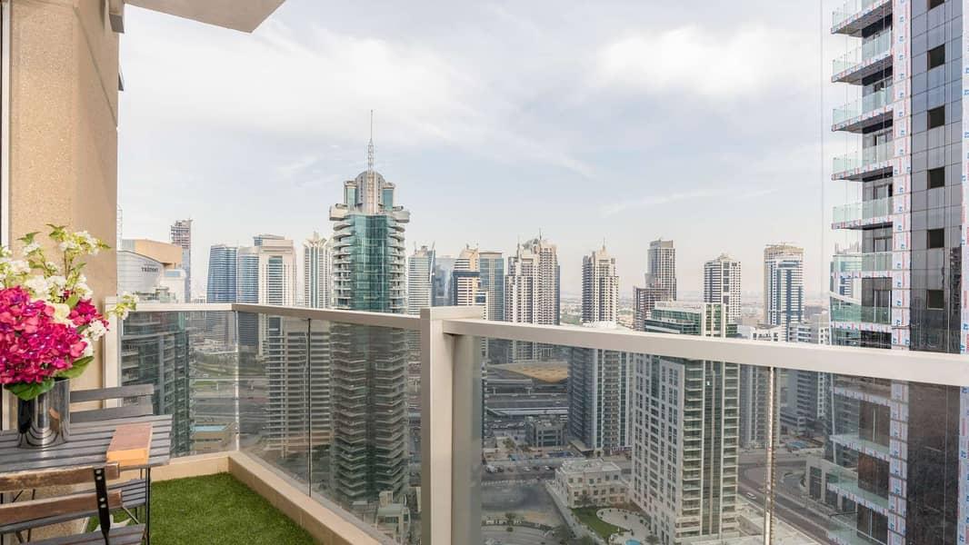 2 Spacious Apartment at Marina Tower with Panoramic Marina View
