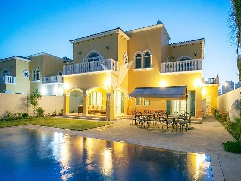Legacy Large Fully Upgraded 5 Bed Villa in Jumeirah Park