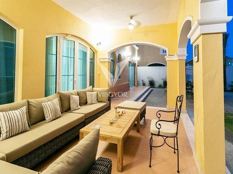 2 Legacy Large Fully Upgraded 5 Bed Villa in Jumeirah Park
