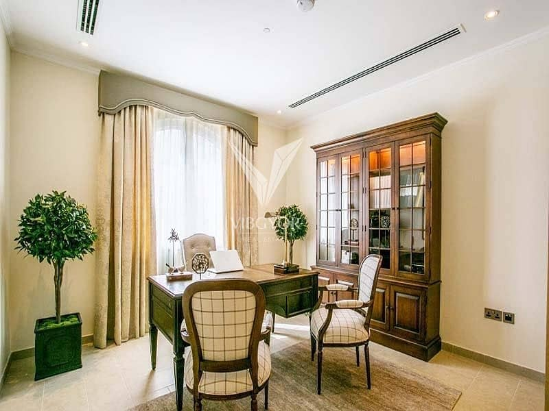 10 Legacy Large Fully Upgraded 5 Bed Villa in Jumeirah Park