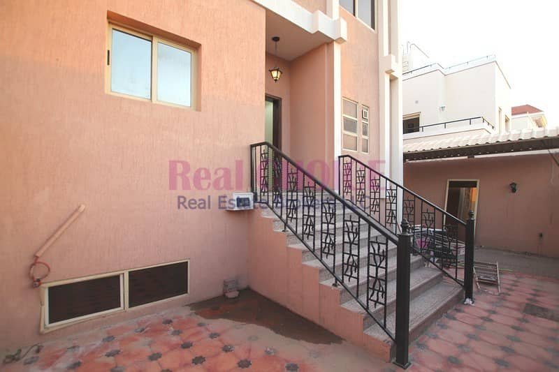 2 4BR Villa With Extensive Hall And Maids Room