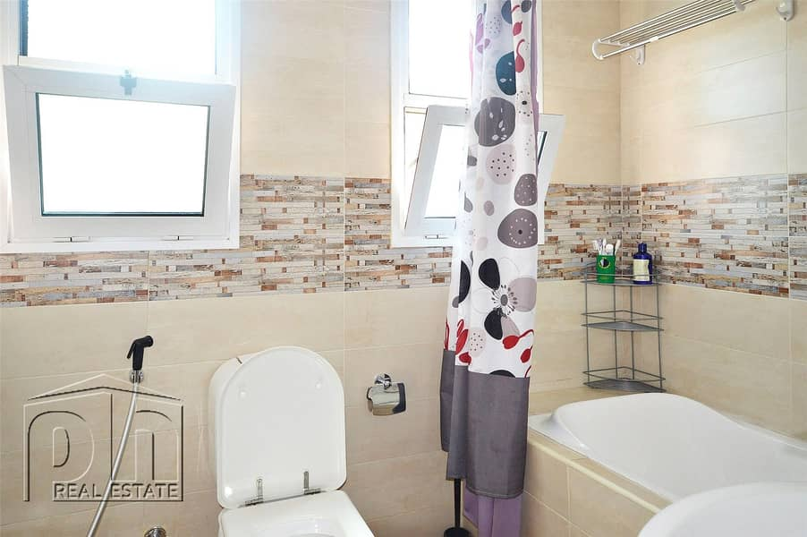 10 Modified 4 bed + maid - JVT - District 2
