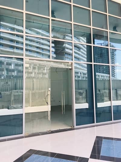 محل تجاري  للايجار في الخليج التجاري، دبي - محل تجاري في شوبا آيفوري 1 شوبا آيفوري الخليج التجاري 70000 درهم - 3706274