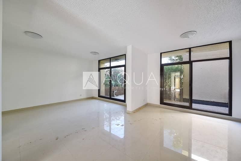2 Newly renovated | 3 beds | Compound villa