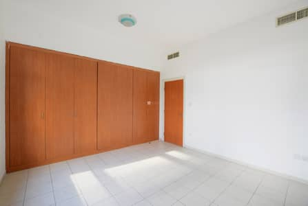 3 Bedroom Flat for Sale in The Greens, Dubai - Upgraded New kitchen Rare unit Pool View