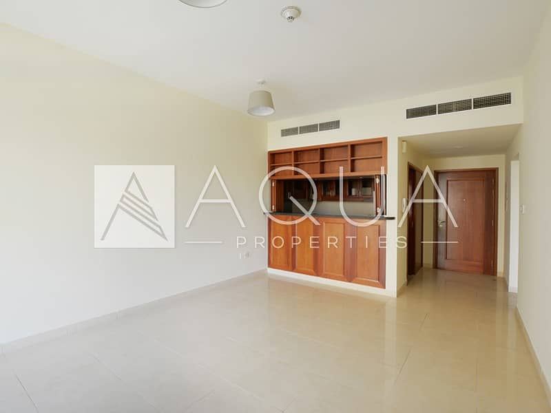 Vacant 2 Beds | Lake View | Chiller free